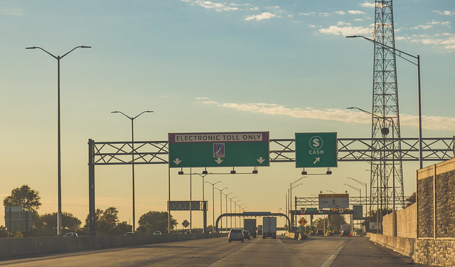 Image showing electronic toll collection in Illinois.