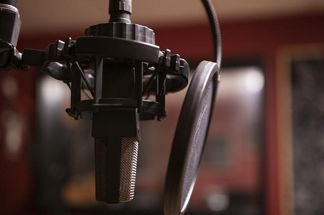 microphone mic podcast radio