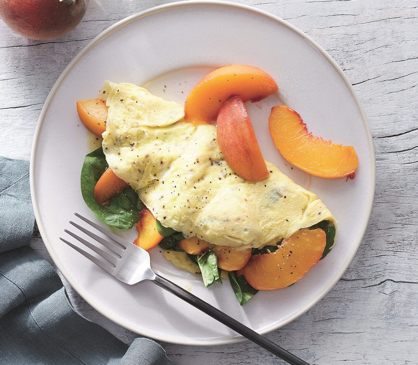 Spinach-peach omelet