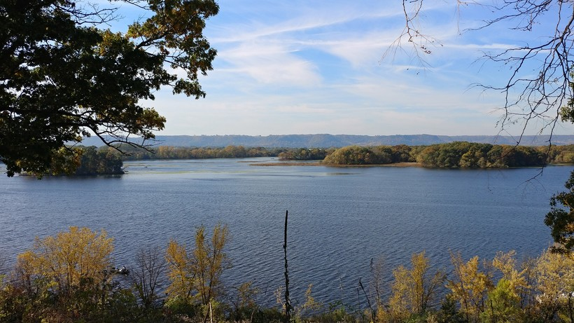 Fall colors along the Mississippi River.