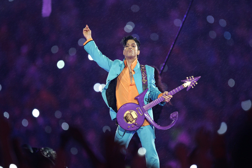 How Prince Warmly Embraced His Midwestern Roots  f06713c4461d4