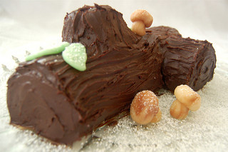 buche de Noel, image by Flickr user Laura Thompson