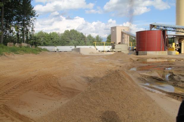 Frac sand processing facility.