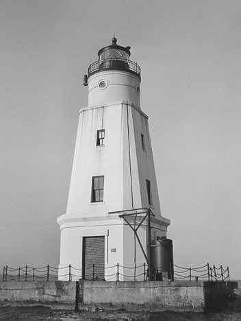 Ashland Breakwater Lighthouse
