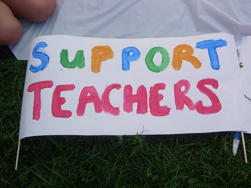 Support Teachers sign