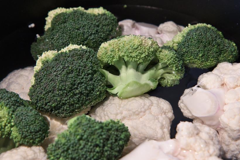 Cyclosporiasis, veggie tray, Kwik Trip, DHS