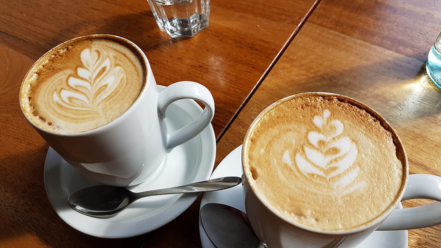 coffee latte cups