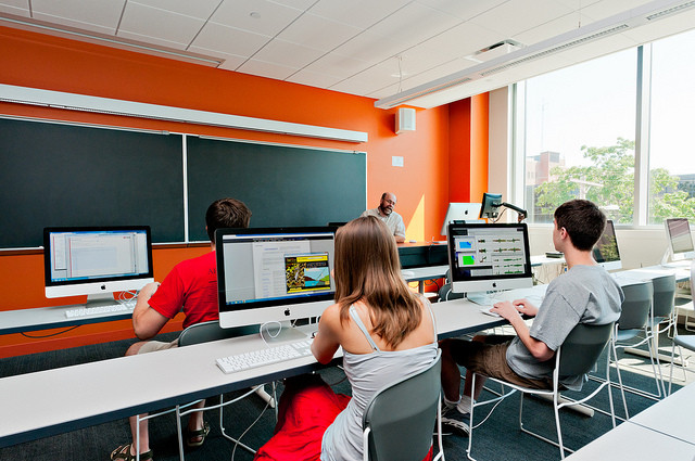 computer lab classroom learning
