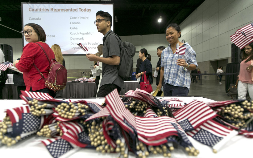 immigration-naturalization ceremony