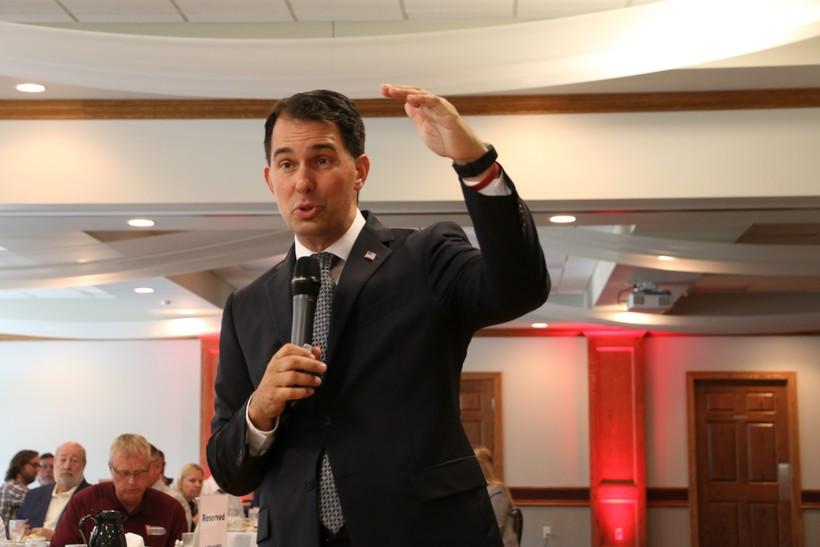 Gov. Scott Walker addressing the Eau Claire Chamber of Commerce