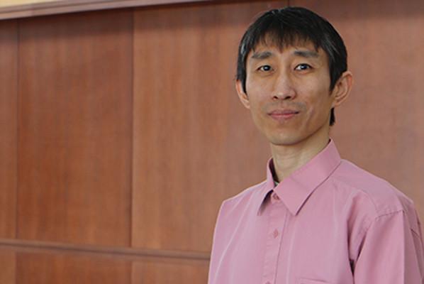Waisman Center director Qiang Chang