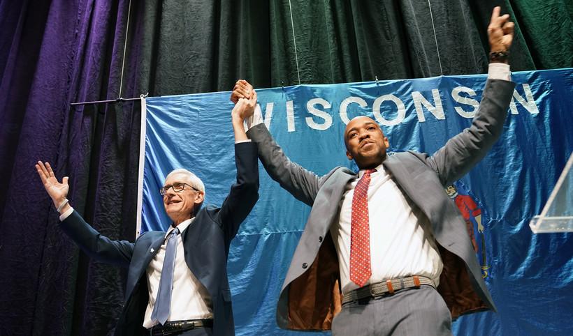 Democratic gubernatorial candidate Tony Evers andlieutenant governor candidateMandela Barnes