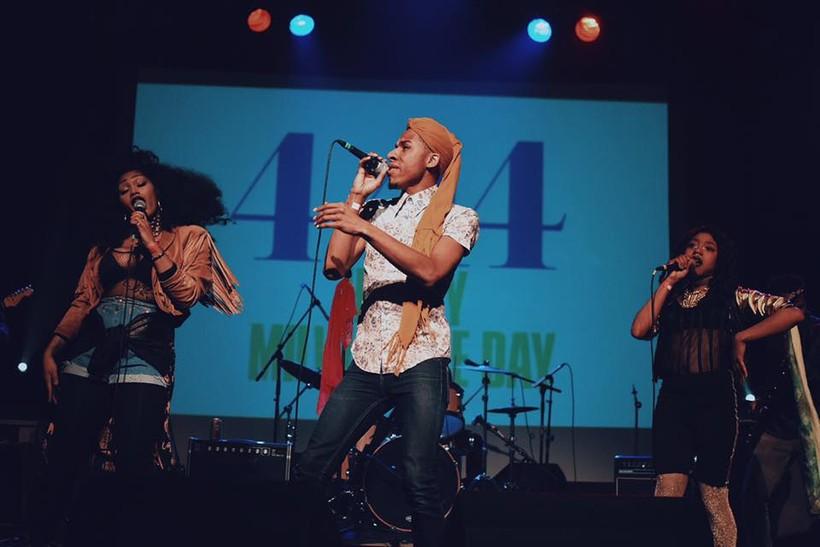 Milwaukee singer Lex Allen