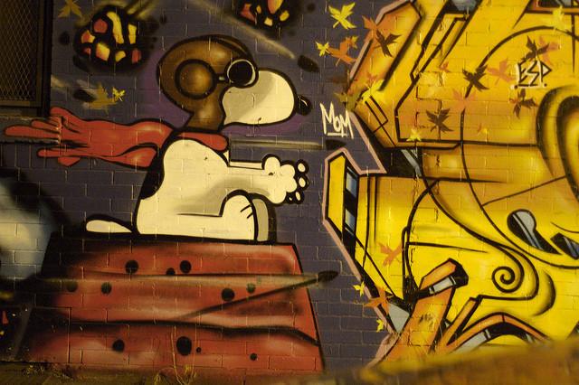 graffiti snoopy the dog