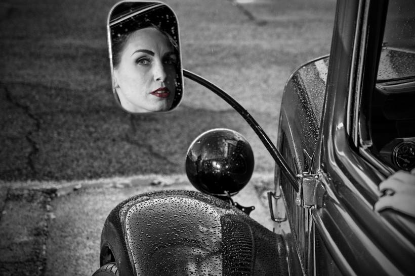 film noir woman in car