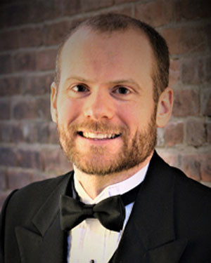 Photo of Choral Conductor Ben Luedcke