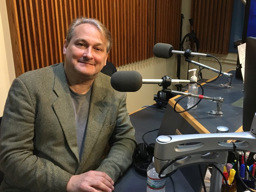 photo of pianist Christopher O'Riley in the WPR studios