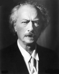 Photo of pianist Ignacy Jan Paderewski