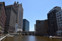 Milwaukee River, Downtown Milwaukee