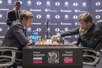 Magnus Carlsen and Sergey Karjakin playing chess