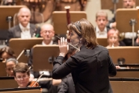 JoAnn Falletta conducting