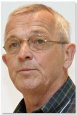 Photo of professor Francis Halzen