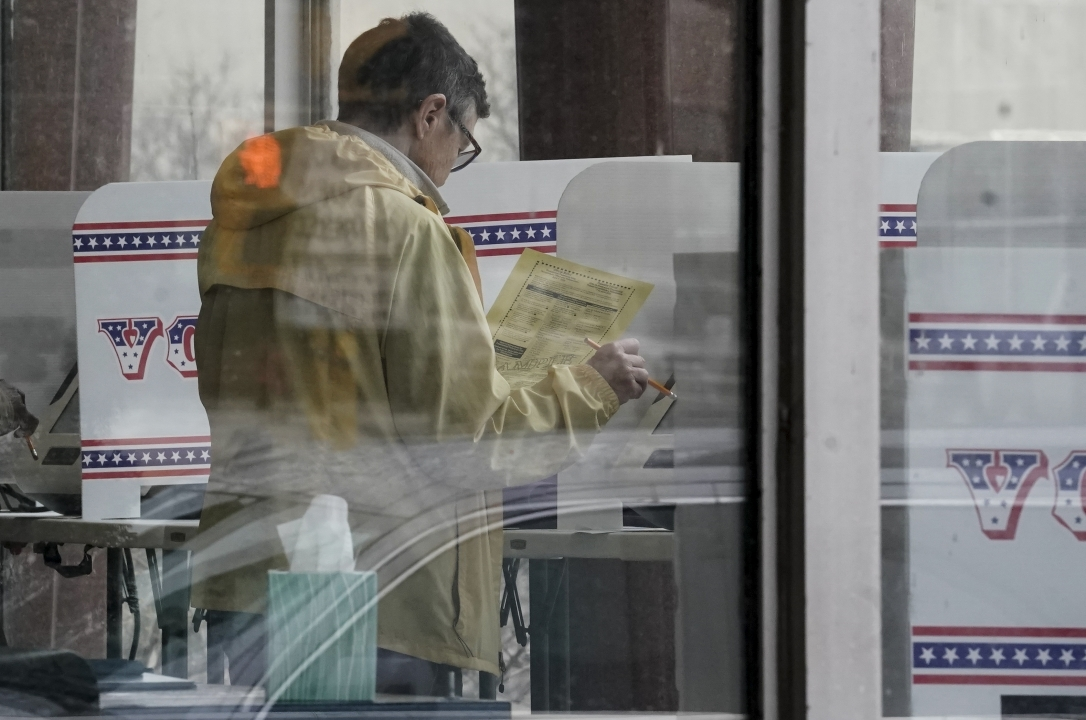 Early voters cast their ballots at the Frank P. Zeidler Municipal Building in Milwaukee
